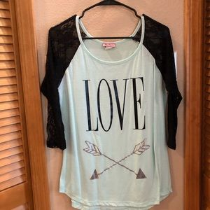 Tops - LOVE quarter sleeve top